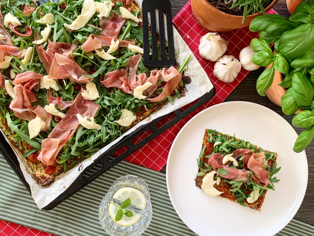 Low Carb Prosciutto Pizza_Top