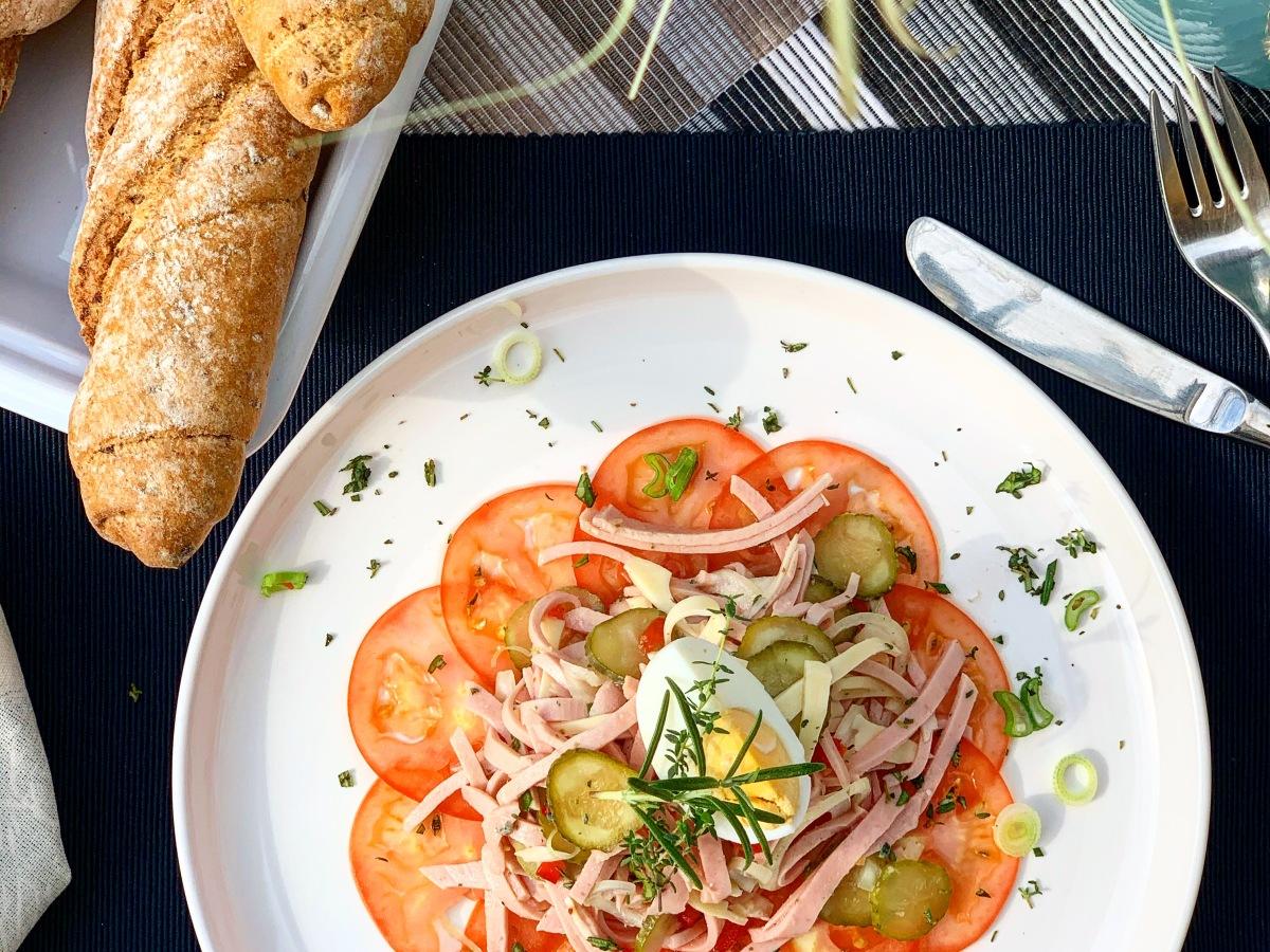 Sommerlicher Wurstsalat