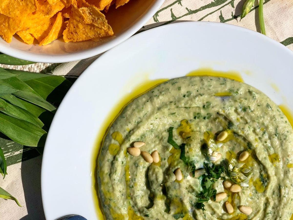 Bohnen-Hummus mit Bärlauch