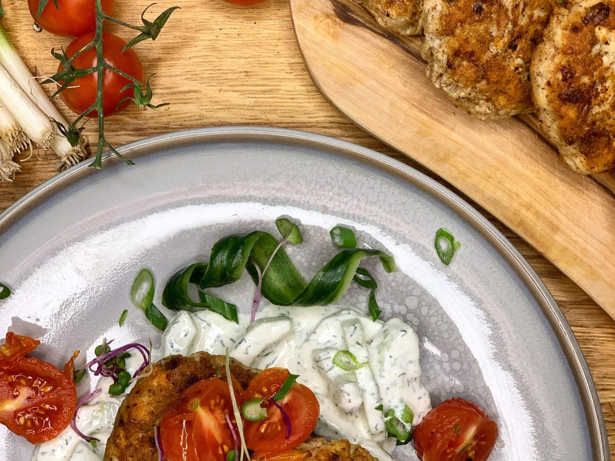 Fischlaberl mit Dill-Gurken