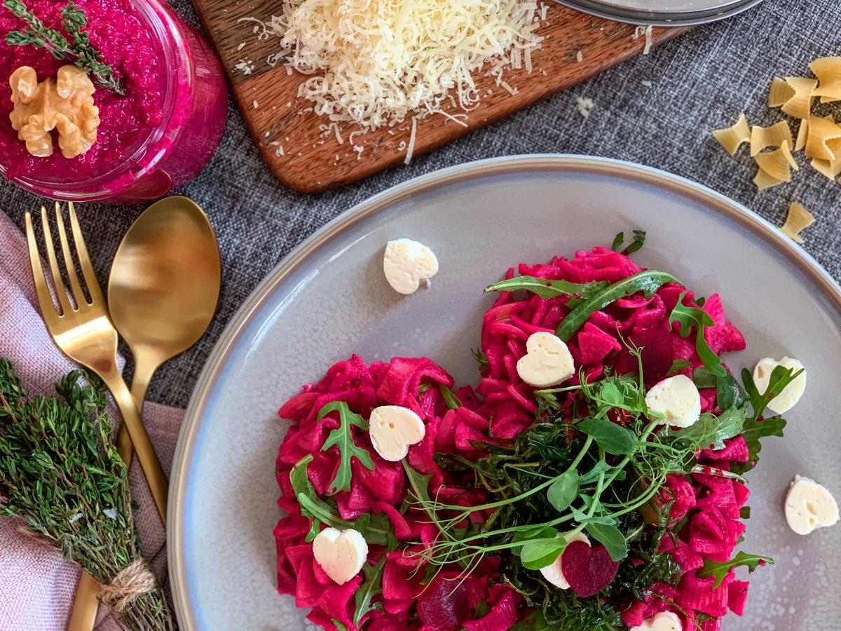 Dinkel Flecker mit rote Rüben Pesto